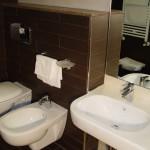 Nuovi bagni all'Hotel Corsaro
