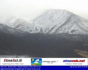 Prima immagine dalla telecamera Hotel Corsaro e Etna Sci webcam Etna Sud