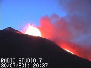 Henning Pit Crater webcam
