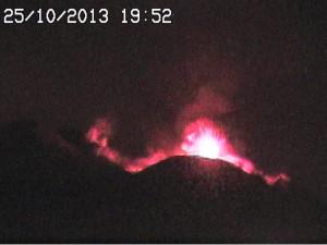 Eruption Etna 251013
